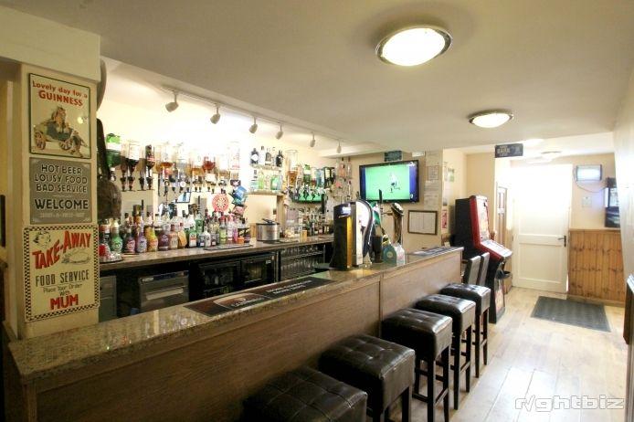 Popular Bar and Restaurant in Aberdeenshire Village - Image 2