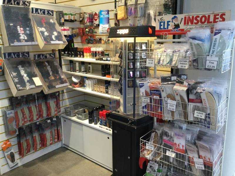 Repairs/Key Cutting Business in Shopping Centre Location - Image 2