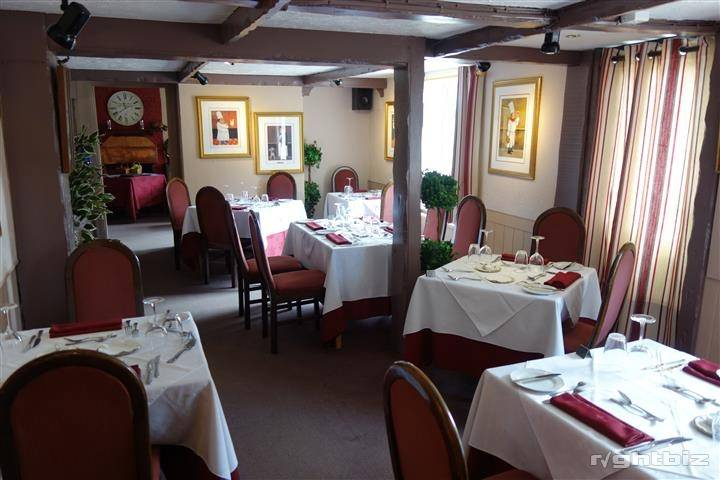 SUBTANTIAL FREEHOLD RESTAURANT WITH 36 COVERS - Image 2