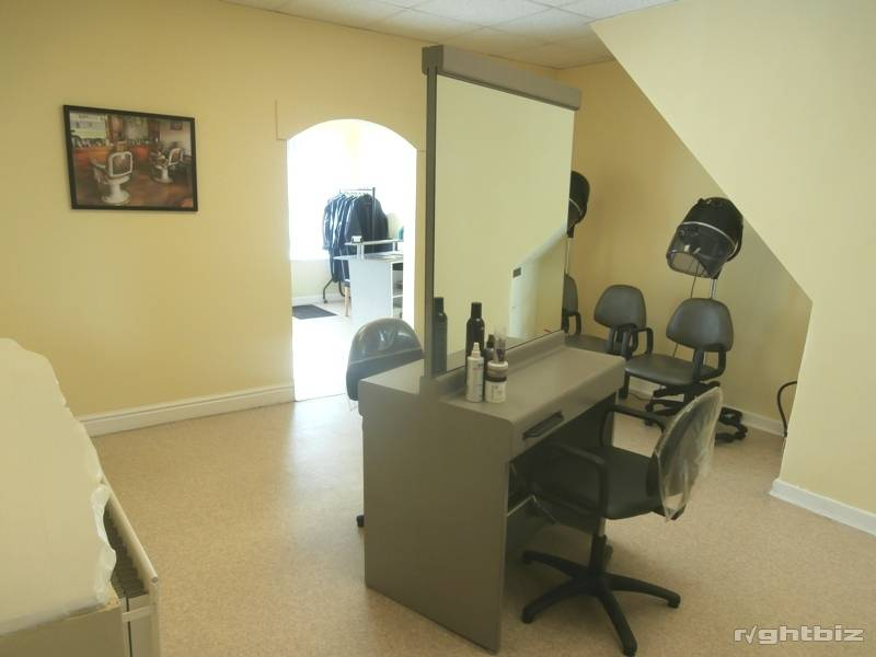 Hair Salon With Accommodation For Sale Crewe Cheshire Freehold - Image 2