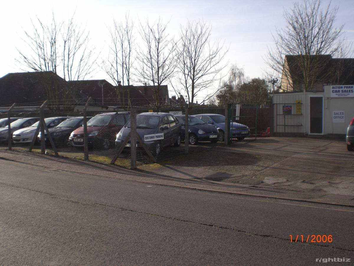 Car sales pitch, holds 25 plus cars, busy location, lucrative small site, high turnover. - Image 2
