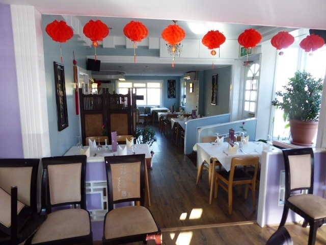 Freehold Detached Freehouse With Restaurant for Sale - Image 2