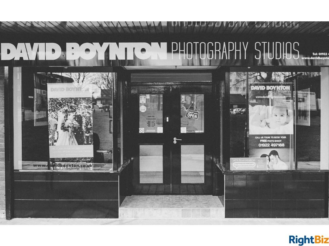 Established photography studio on well-maintained shopping precinct. Good traffic from local school - Image 2