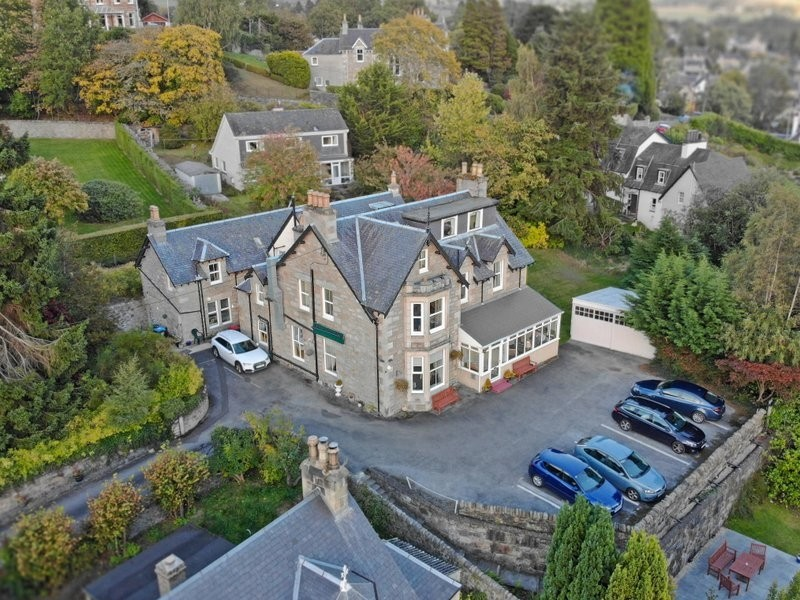 Outstanding 10-Bedroom Hotel Set in Perthshire - Image 2