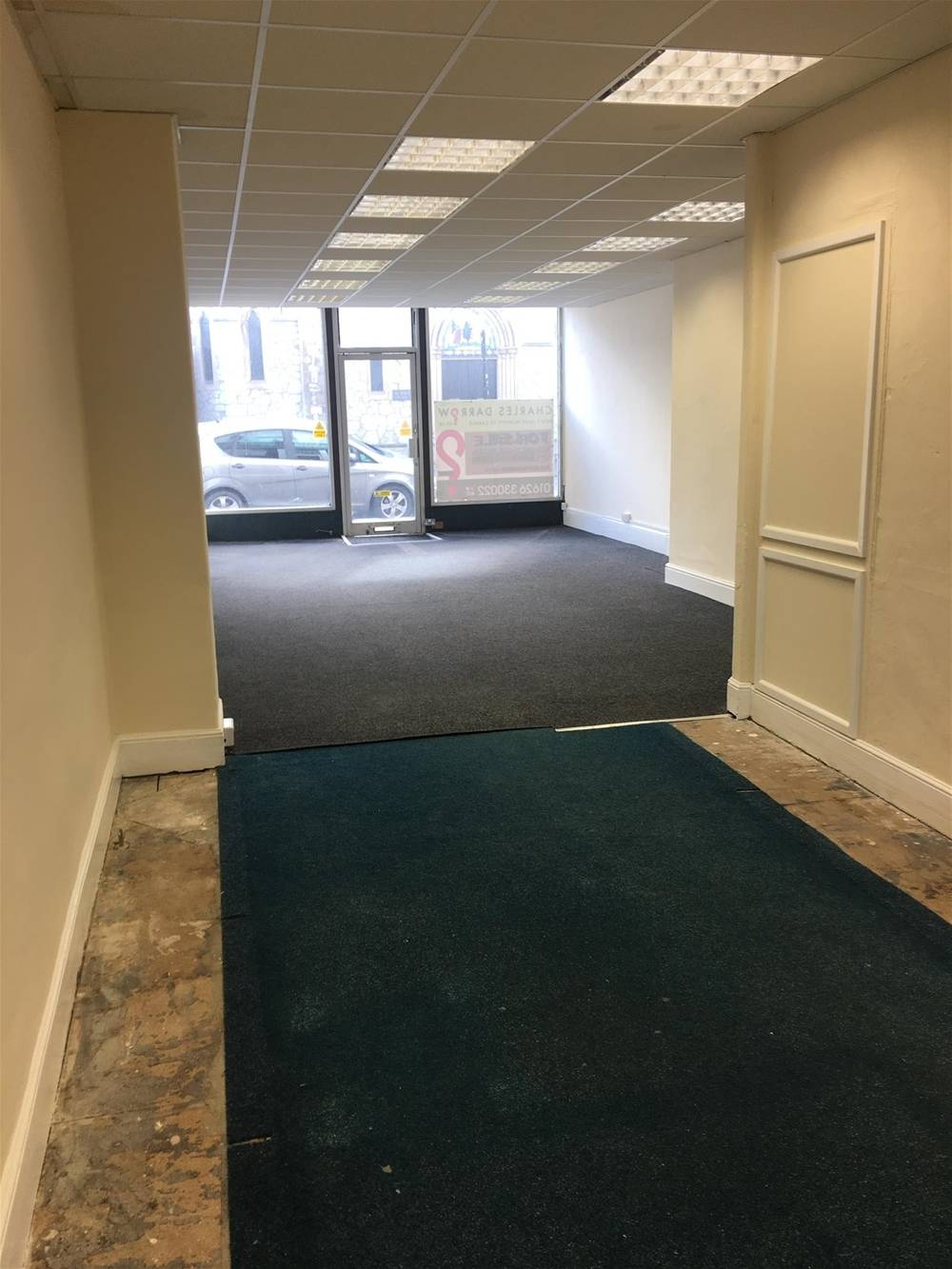 Town Centre Retail Premises For Sale in Newton Abbot - Image 2