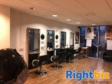 Popular Local Hair Salon in Kent - Image 2