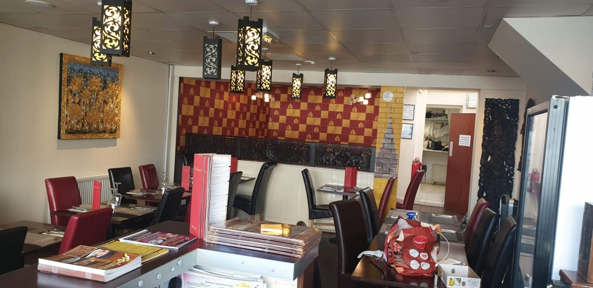 FULLY LICENSED THAI RESTAURANT WITH PRIVATE APARTMENT IN BRIDGWATER TOWN CENTRE - Image 2