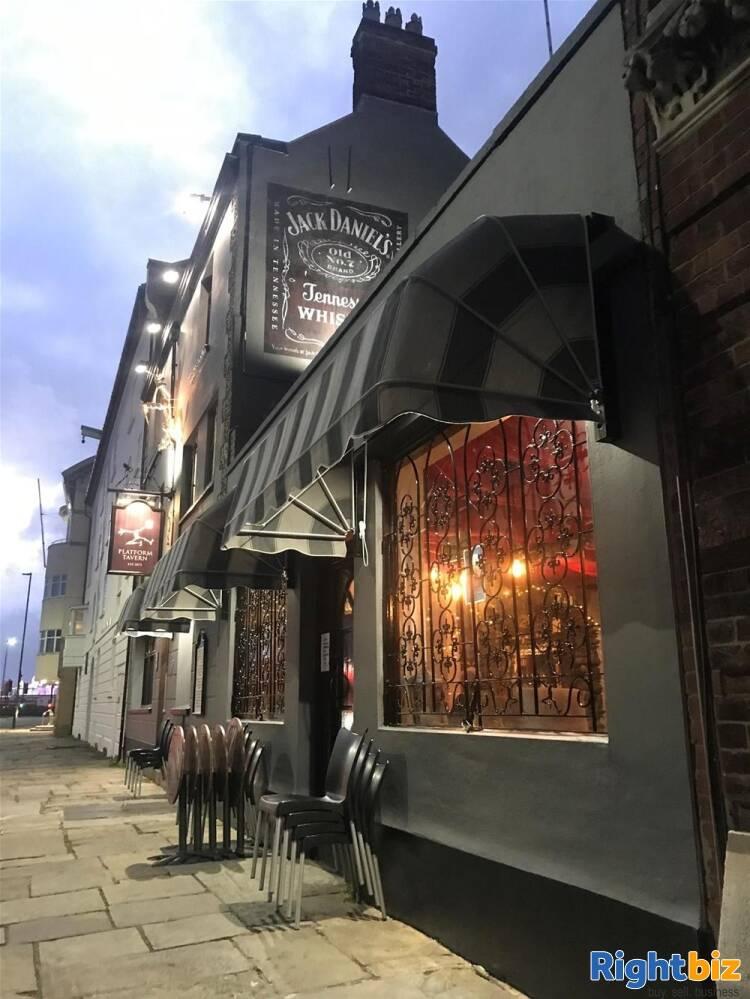 Pub & Live Music Venue for sale in Southampton - Image 2