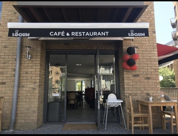 Freehold/leasehold A3 cafe/restaurant/potential conversion, prime location - Image 2