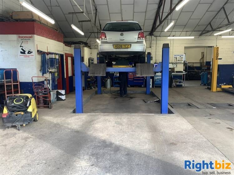 FREEHOLD MOT TESTING & REPAIRS CENTRE IN WILTSHIRE - Image 2