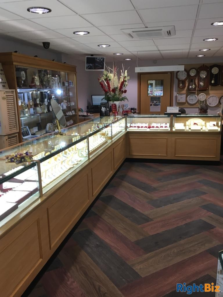 Successful and Popular Jewellers in Kingswinford, West Midlands *Viewing Recommended* - Image 2