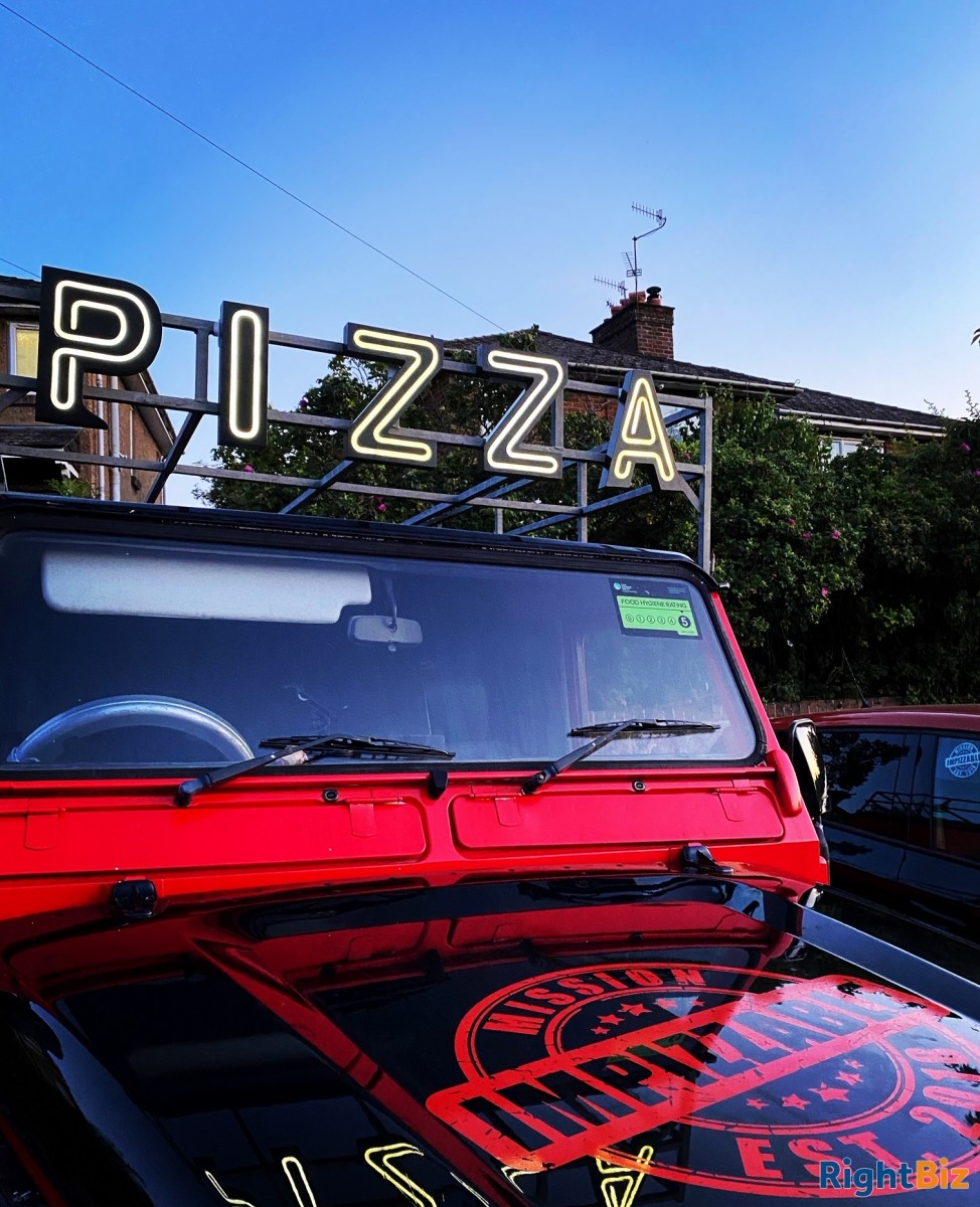 Land Rover Wood Fired Pizza Business, quirky and attractive with prospects - Image 2