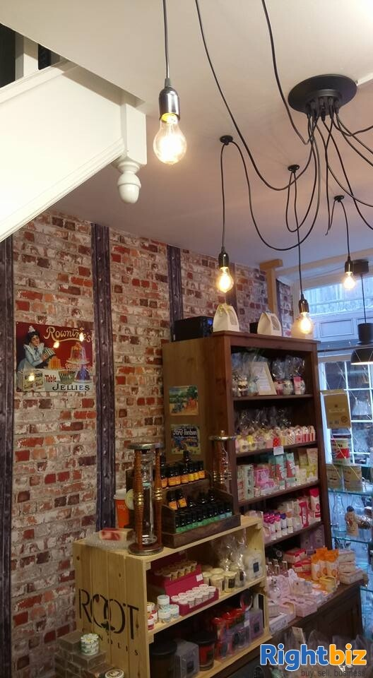 Prime Location Leasehold Retail Unit - Steep Hill Lincoln - Image 2