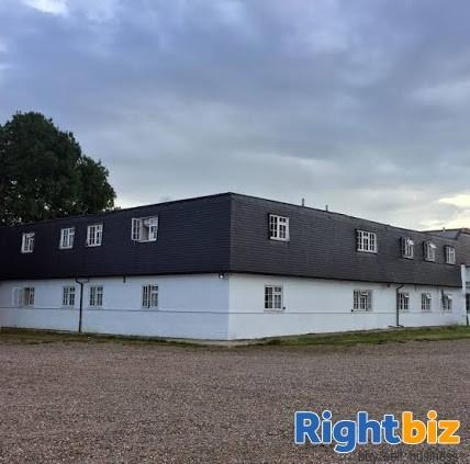Freehold 34 bedroom hotel and restaurant bar - 5-acre plot Nottinghamshire - Image 2