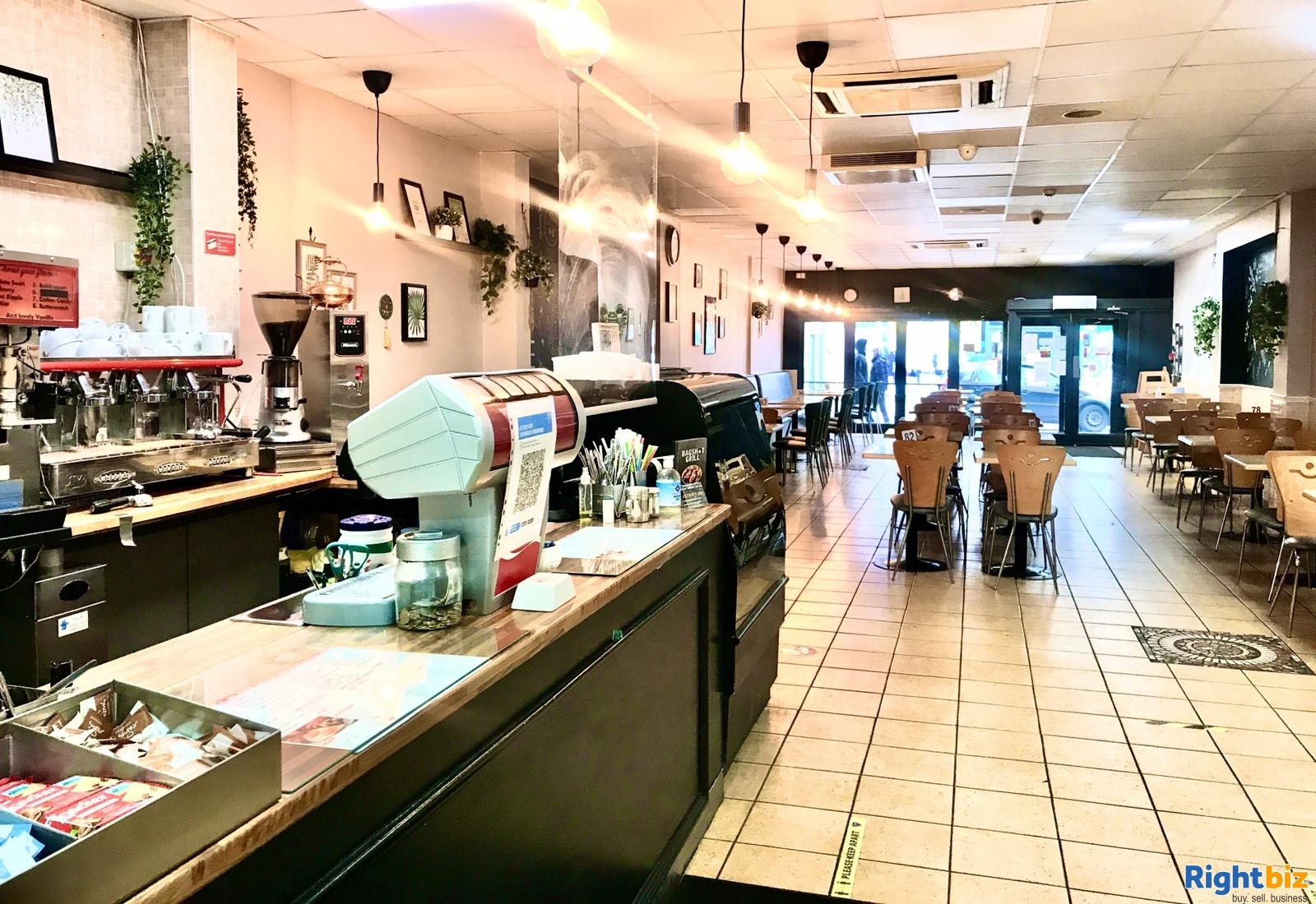 Busy Cafe/Restaurant for sale (120 seats), located on high street, with a large 2 bedroom flat - Image 2