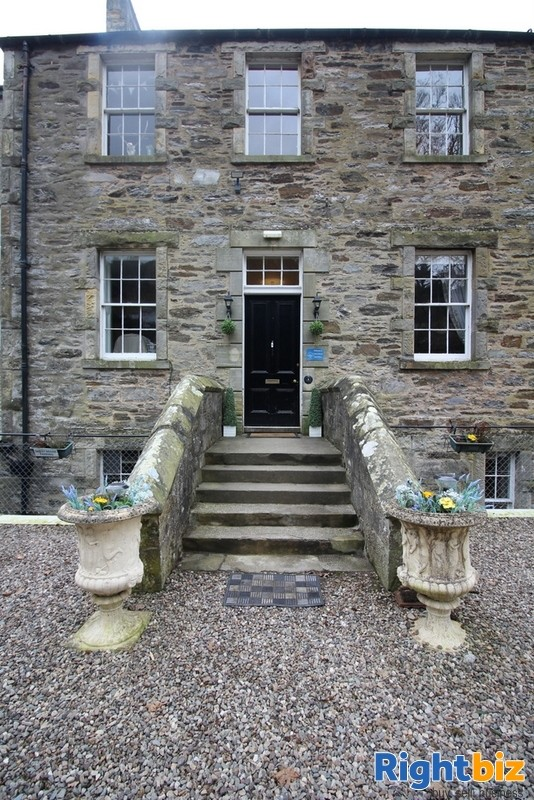 Outstanding 6-Bedroom Guest House near Pitlochry - Image 2