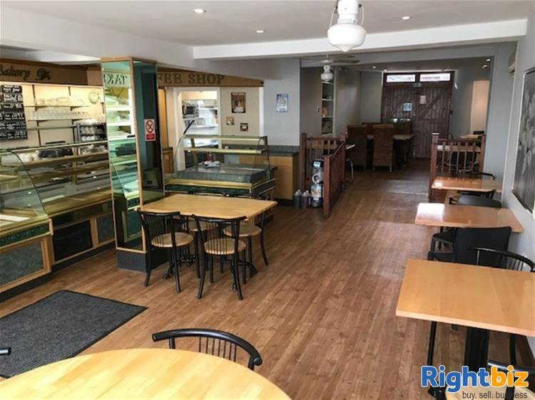 South Hams High Street Café and Bakery Premises For Sale in Totnes - Image 2