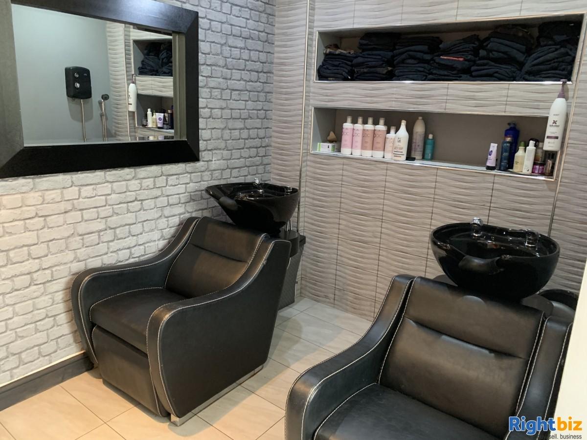 Leasehold Birkdale Hair salon - Image 2