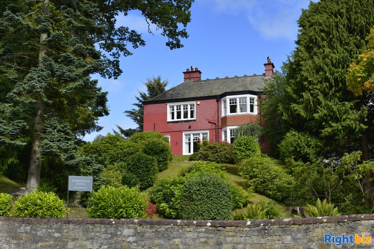 4-star gold bed & breakfast operation that sits peacefully within the picturesque highland town - Image 2