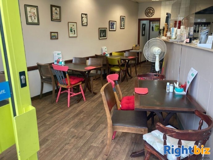 Class 3 Hot Food Cafe and Takeaway in Great Location Falkirk - Image 2