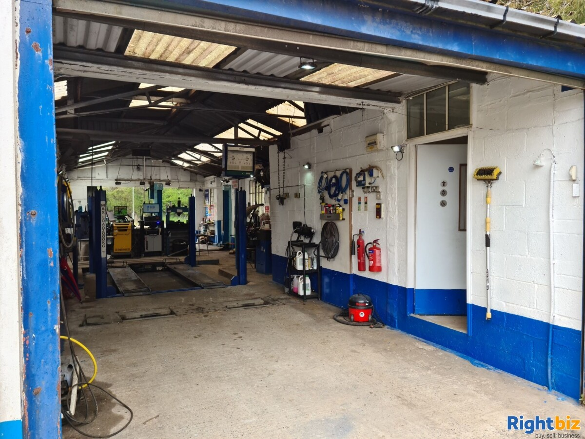 LARGE INDUSTRIAL UNIT & SITE. WITH PLANNING POTENTIAL. GARAGE / MOT CENTRE WITH OWNER ACCOMODATION - Image 2