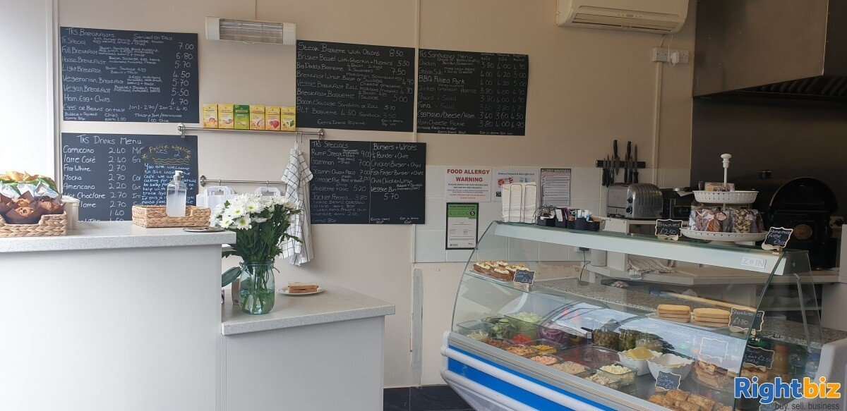 Established community cafe desirable area - Image 2