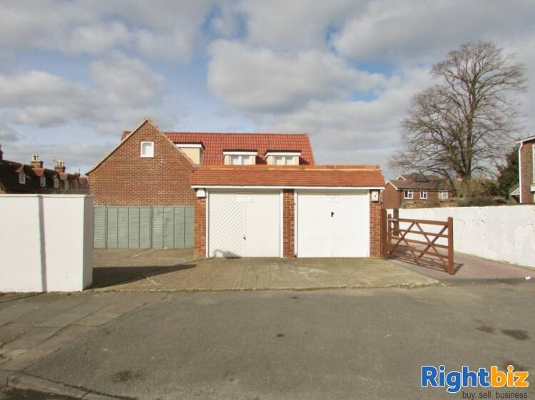 Substantial Guest House With Owners Accommodation - Image 2