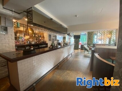 Stunning City Centre Bar and Restaurant in Highly Sought After Location - Image 2