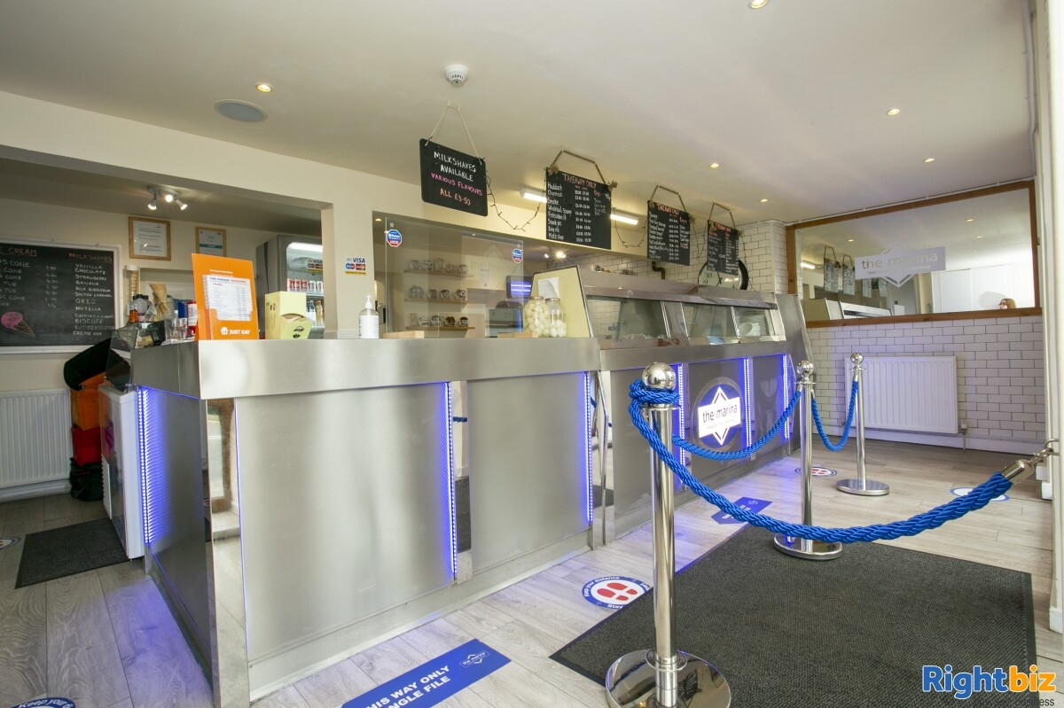 Immaculate Fish and Chip Restaurant for Lease - Image 2