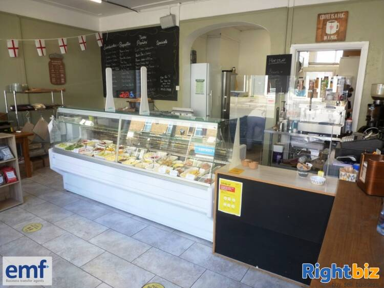 SANDWICH BAR/FOOD TO GO/COFFEE BAR outlet, edge of TAUNTON town centre - Image 2