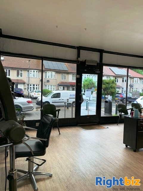Unisex Hairdressing Salon for Sale - Image 2