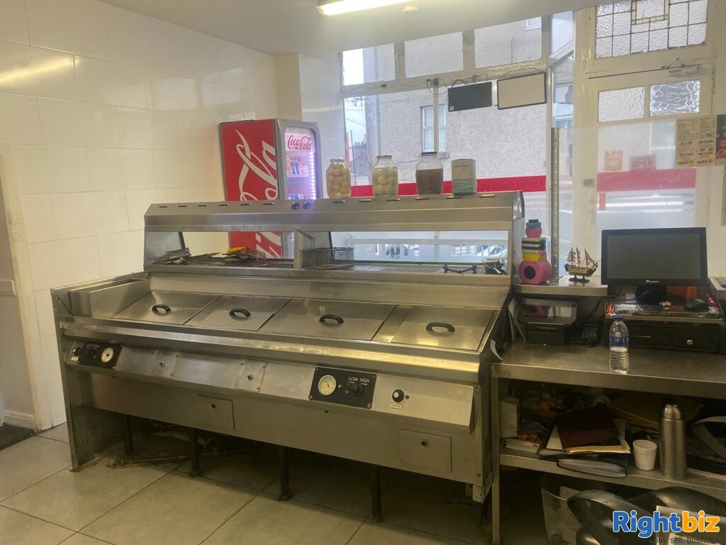 Fish and chips& pizza shop for sale in Plymouth - Image 2