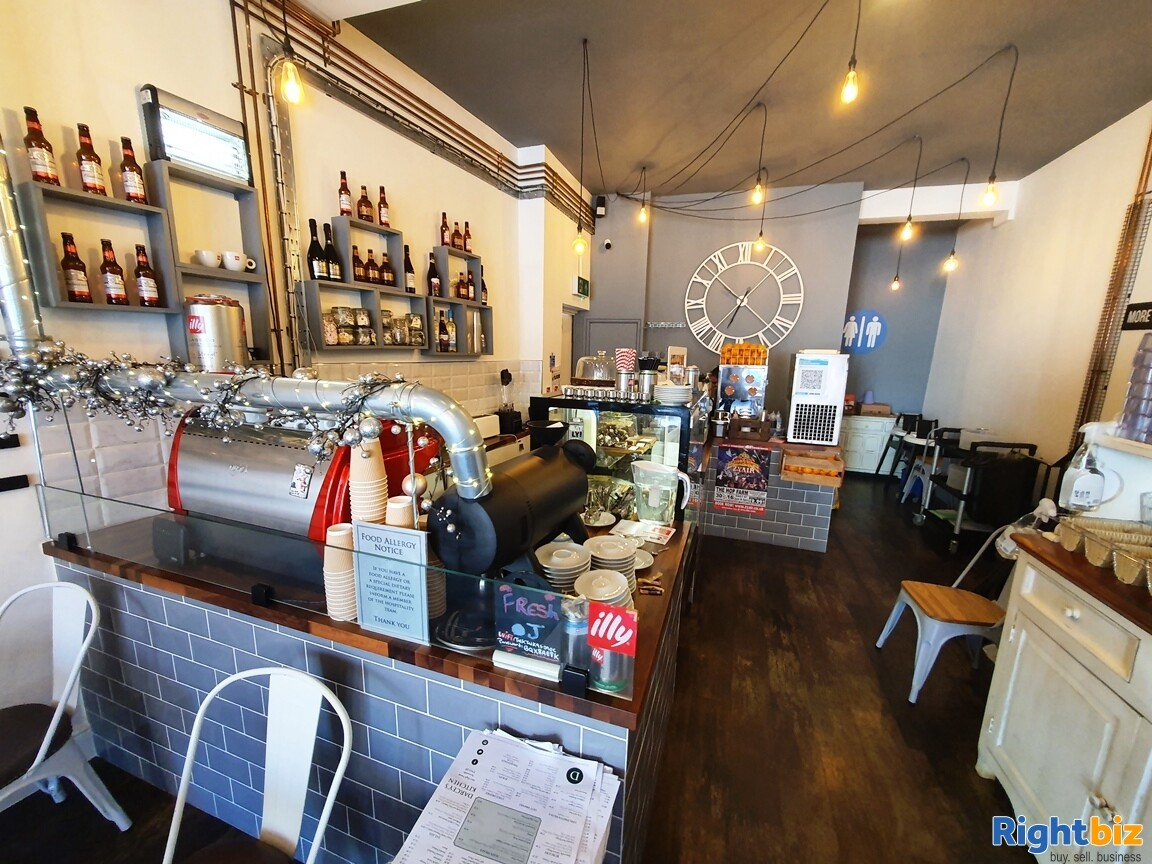 IMMACULATE TWO STOREY CAFÉ / BISTRO - A3 & ALCOHOL LICENCE - TURNOVER £5,000 PER WEEK - Image 2