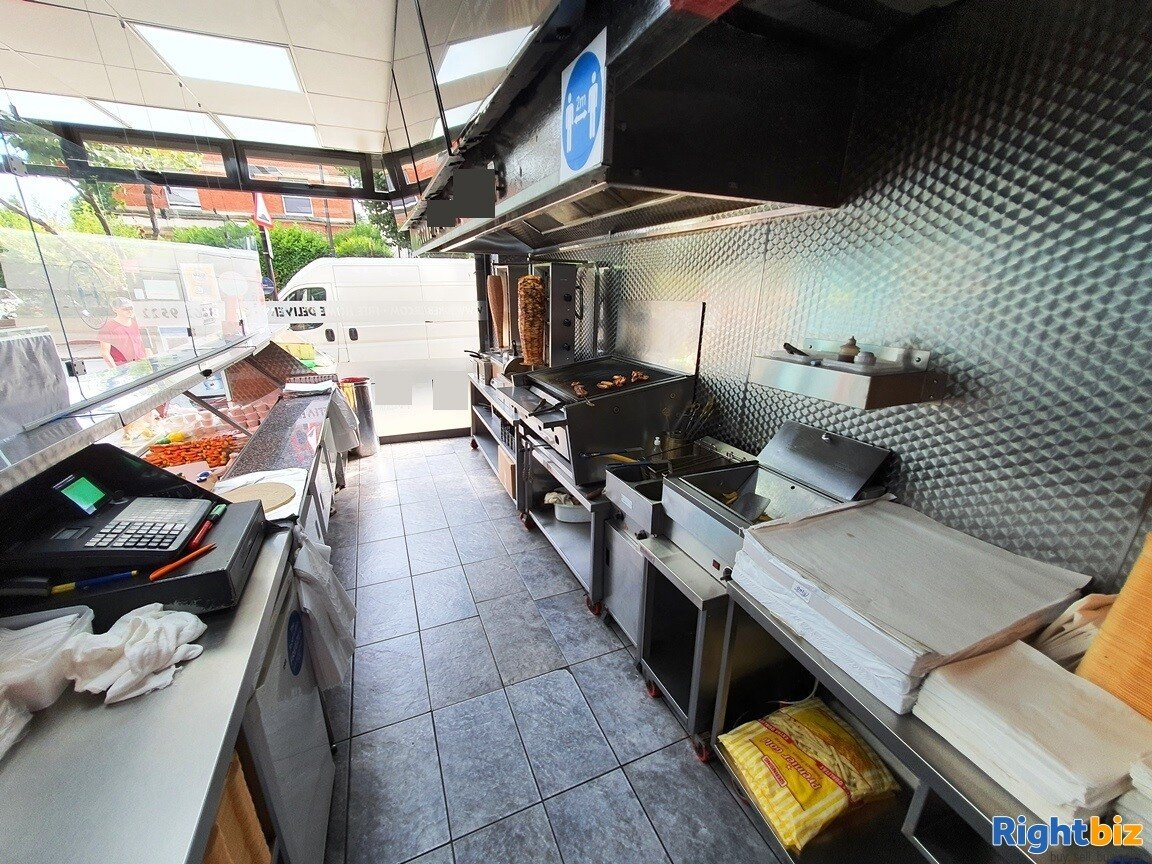 BUSY A5 KEBAB SHOP & TAKEAWAY WITH ALCOHOL LICENCE - TURNOVER £11,000 PER WEEK  - Image 2