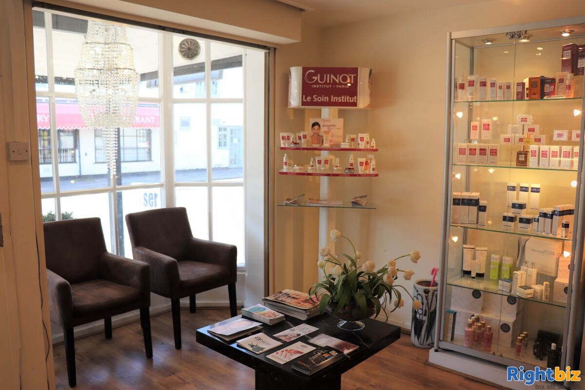 Very profitable, long established Beauty, Laser and Aesthetic Clinic in Dunchurch - Image 2