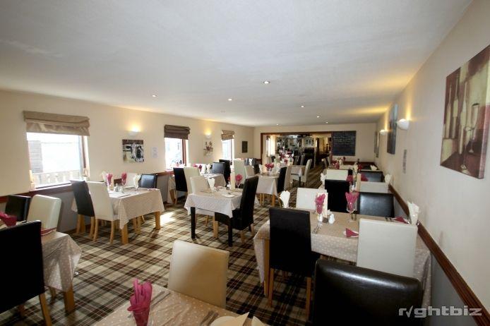 Popular Bar and Restaurant in Aberdeenshire Village - Image 3