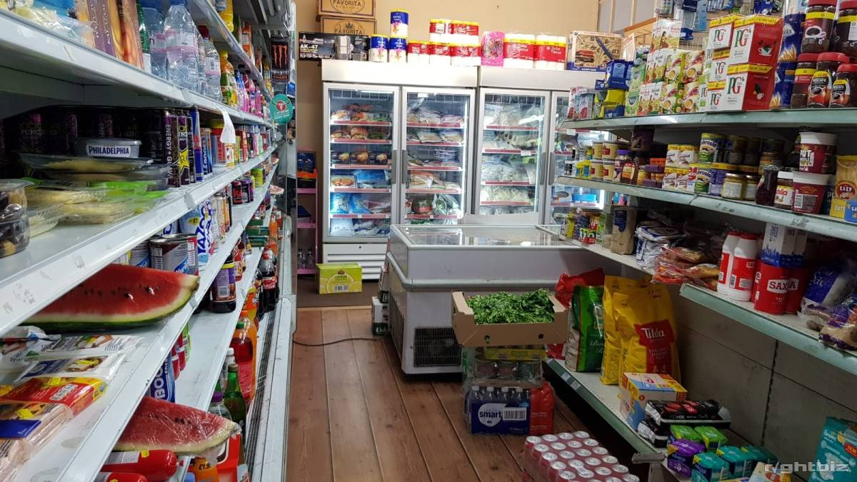Convenient Store For sale in Northwood Leasehold  - Image 3