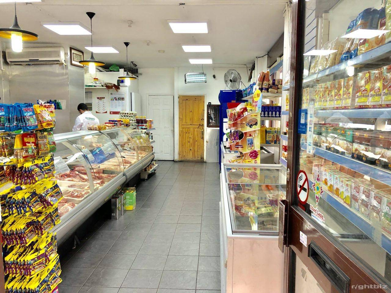Halal Meat Shop Running Business For Sale in Ilford - Image 3