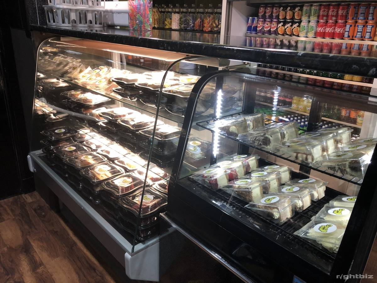 Ice cream and dessert parlour for sale - Image 3