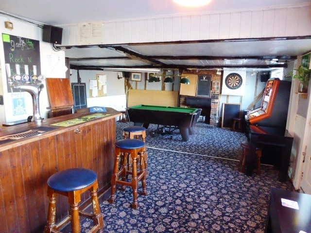 Freehold Detached Freehouse With Restaurant for Sale - Image 3