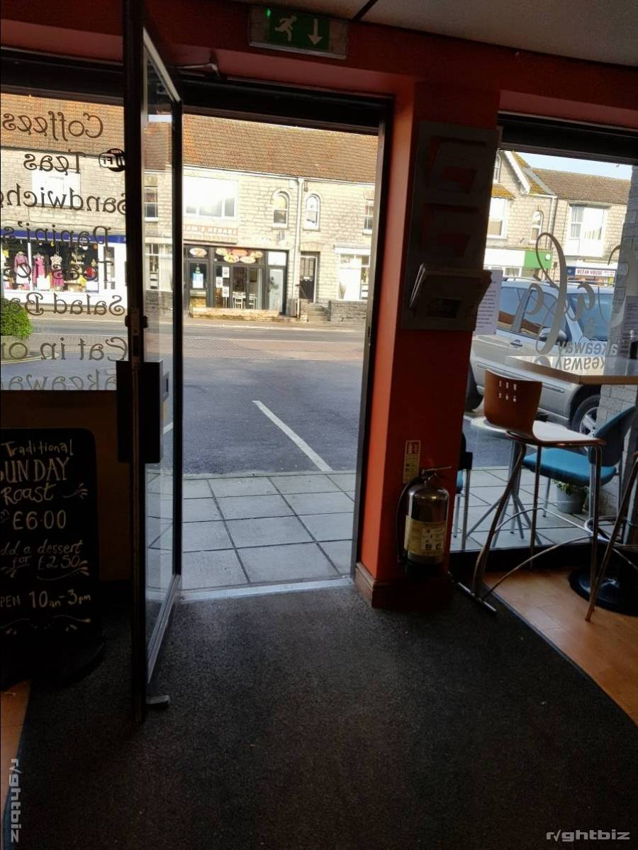 Established coffee lounge/cafe trading on the High Street for 20 years. Customer parking adjacent. - Image 3