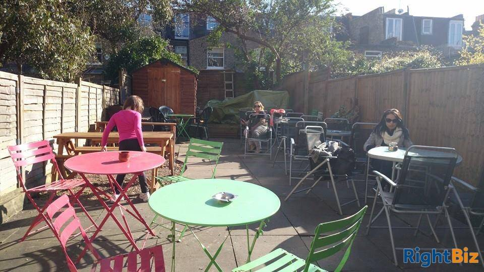 Beautiful Coffee Shop/Restaurant for Sale in South West London - Image 3