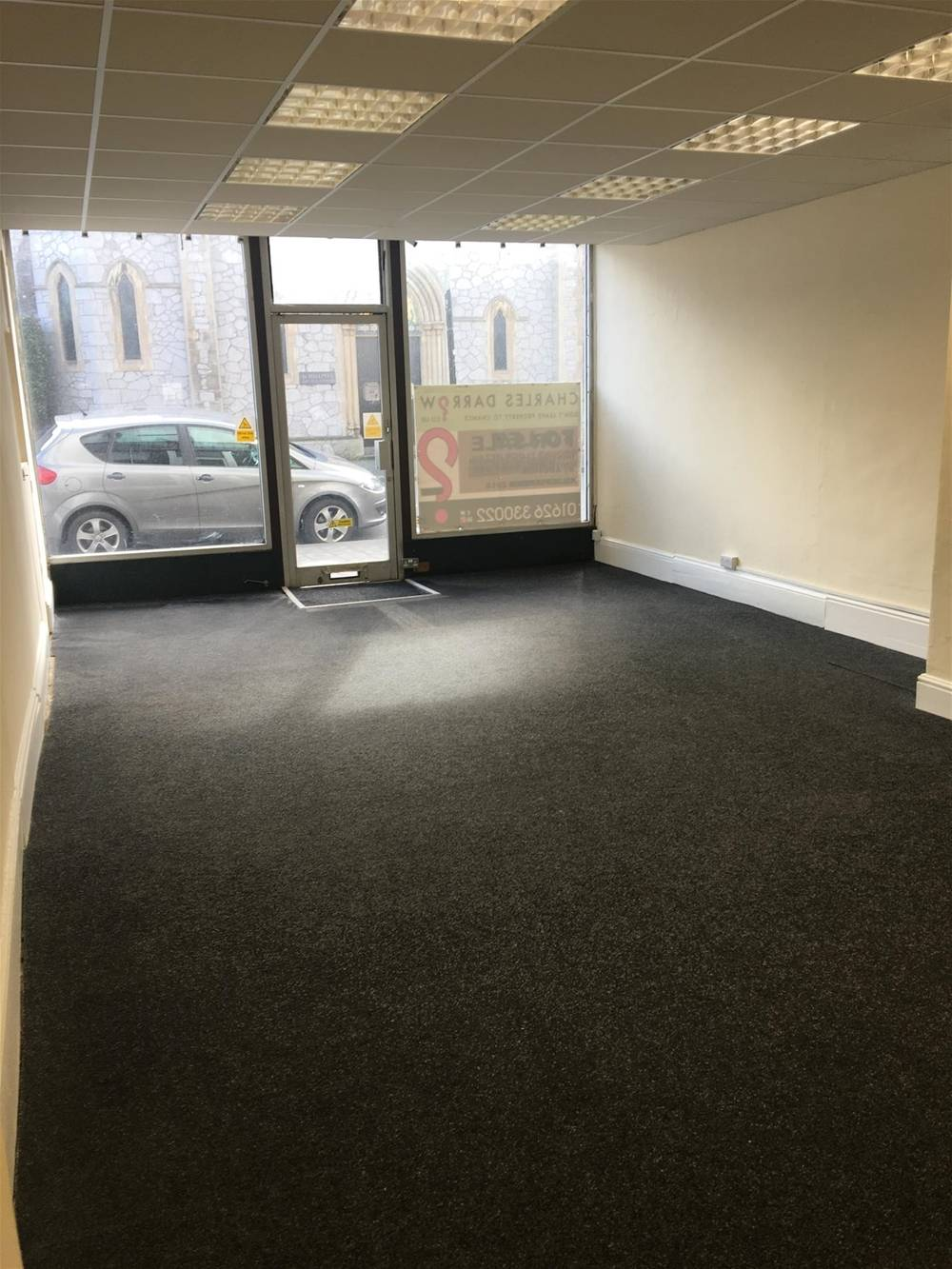 Town Centre Retail Premises For Sale in Newton Abbot - Image 3