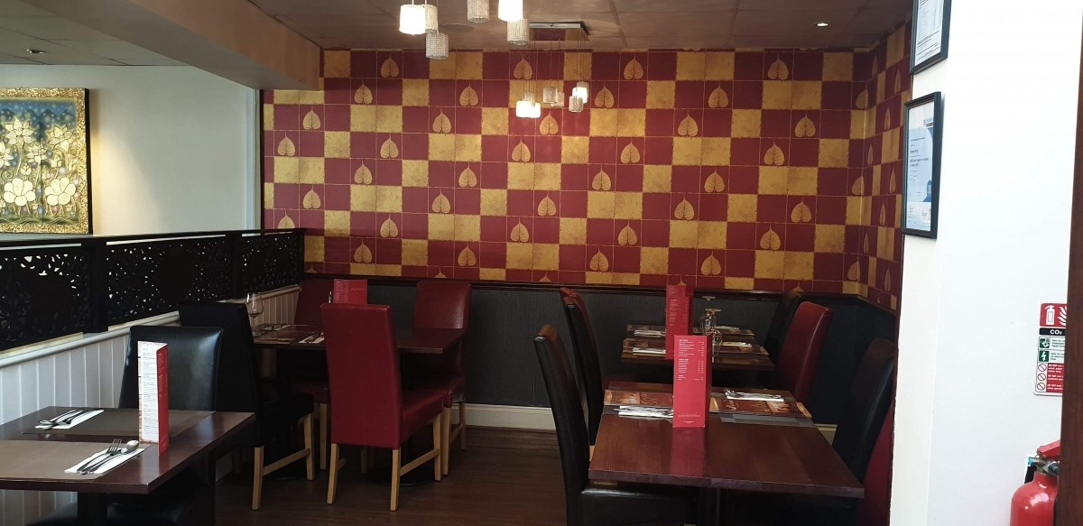 FULLY LICENSED THAI RESTAURANT WITH PRIVATE APARTMENT IN BRIDGWATER TOWN CENTRE - Image 3