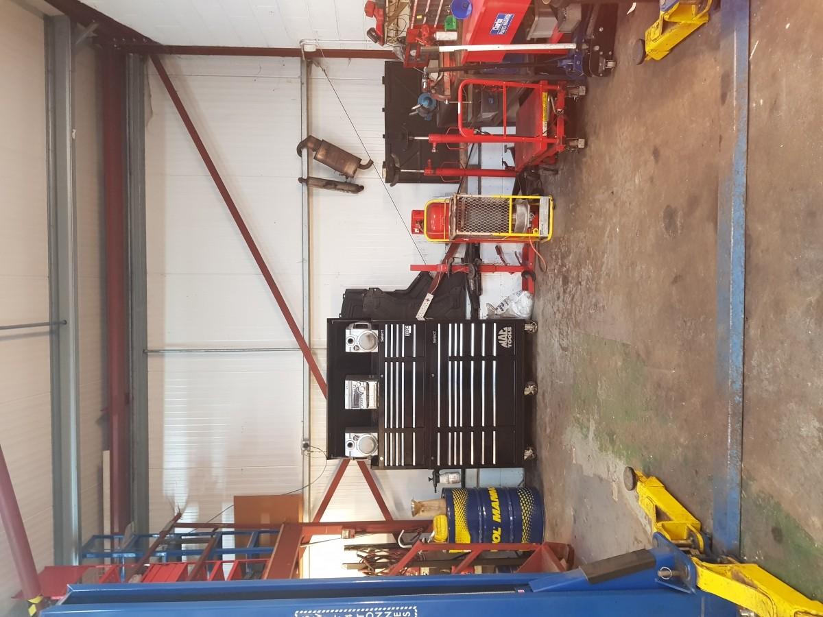 Car Repairs and servicing garage. - Image 3