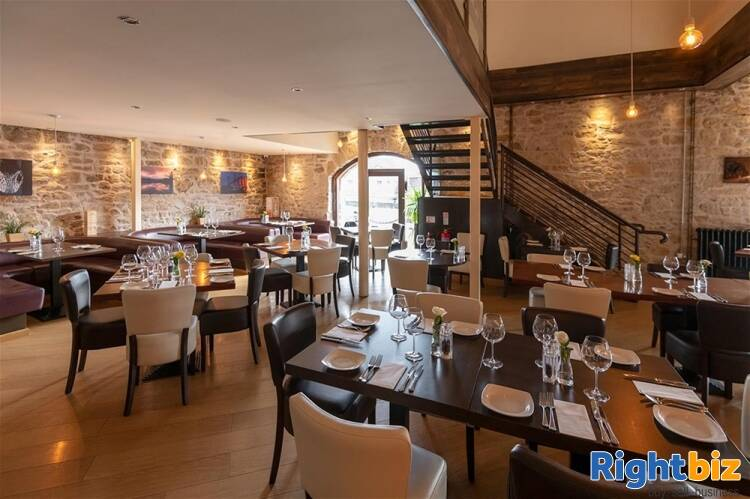 STUNNING TOWN CENTRE LICENSED ITALIAN RESTAURANT IN THE CENTRAL LOWLANDS OF SCOTLAND - Image 3