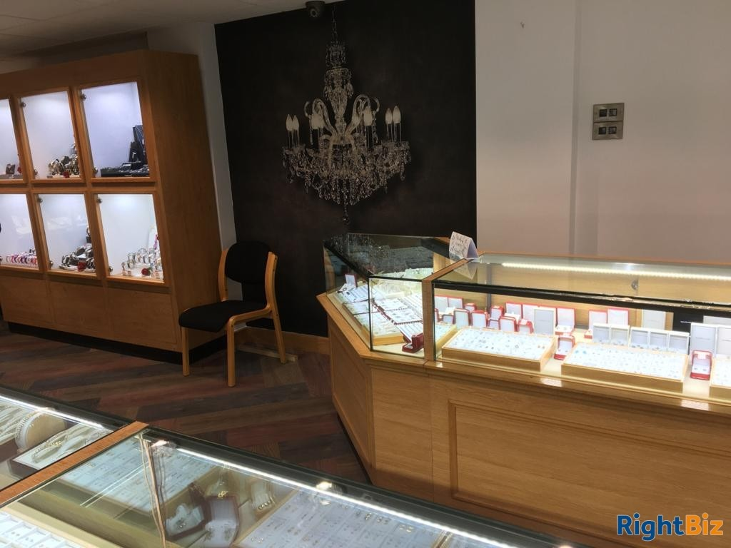 Successful and Popular Jewellers in Kingswinford, West Midlands *Viewing Recommended* - Image 3