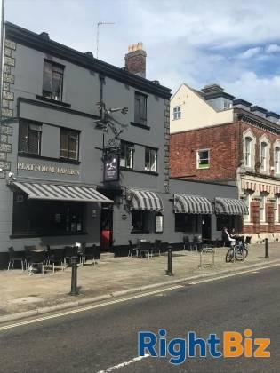 Pub & Live Music Venue for sale in Southampton - Image 3