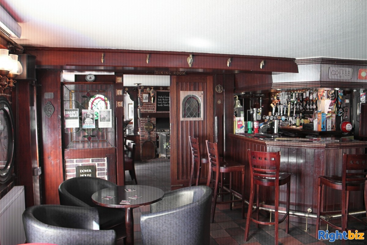 Freehold pub with large accommodation and outside space in Yalding Kent - Image 3