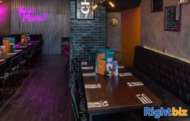 Stunning Indian & Thai Restaurant With 2 Bars for Sale - Image 3